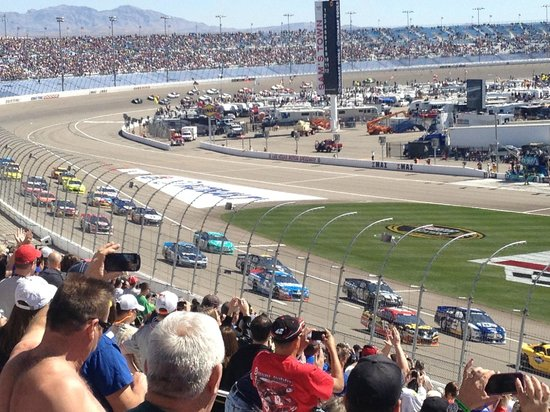 Tunnels to infield picture of las vegas motor speedway for Las vegas motor speedway