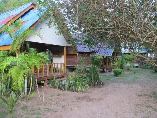 Koh Yao Beach Bungalows: wooden bungalows