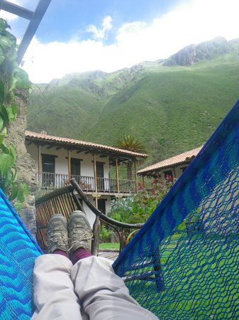 El Albergue Ollantaytambo:                   Hanging out in the Garden
