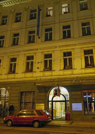 Hotel Atlantic: Hotel front