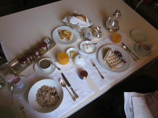 Il Salviatino:                   Now THAT is room service.  A typical breakfast.