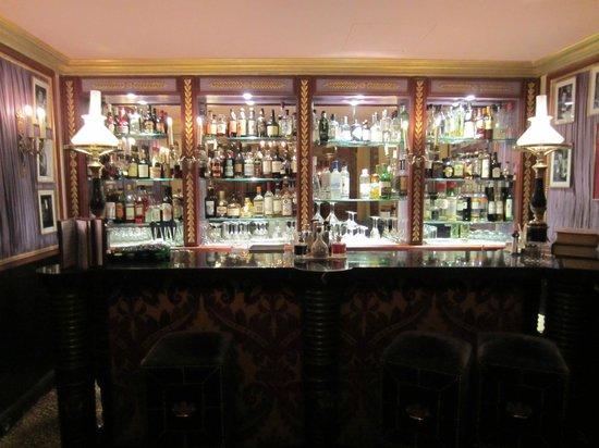 L'Hotel : Le bar