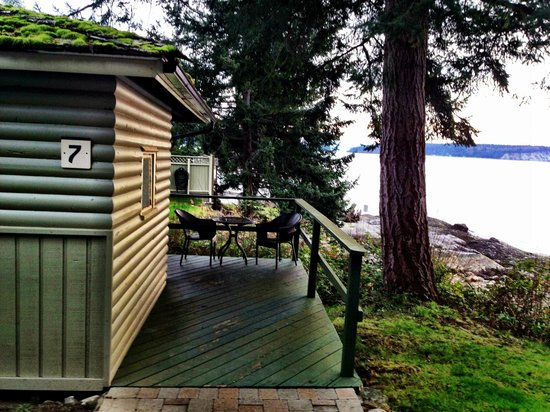 Rockwater Secret Cove Resort: Our Beach Cabin 7