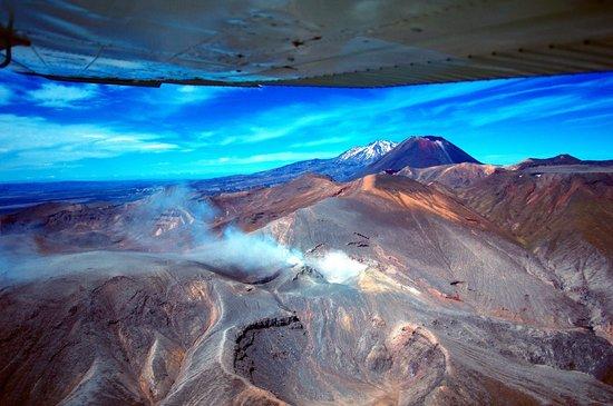 Taupo's Floatplane:                   View of Volcanoes from Taupo Floatplane