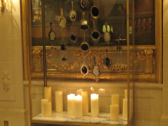 Le Meurice: Collection of antique mirrors, lobby