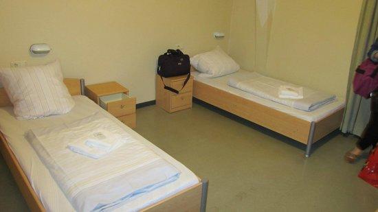 Kolpinghaus Warsberger Hof :                   4 twin beds in our quad room