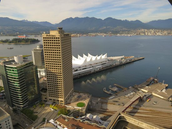 Fairmont Hotel Vancouver: view from Skytower