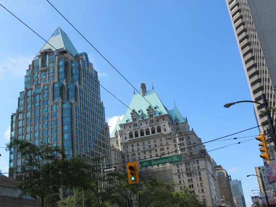 Fairmont Hotel Vancouver: copper roof Hotel Vancouver