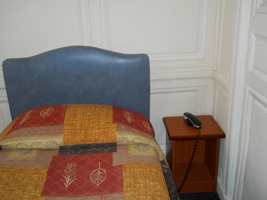 Montpensier:                   Twin bed in quad room, there was also a Murphy twin bed