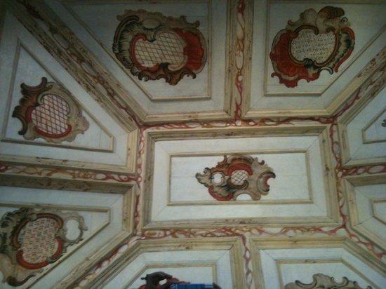 Museu do Padre Toledo:                   Pintura de teto