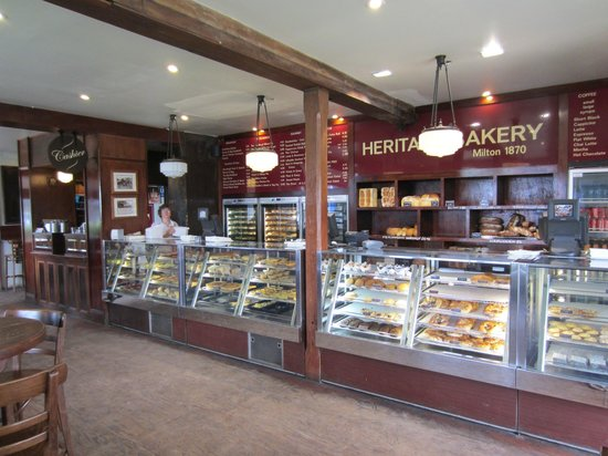 The Heritage Bakery :                   Grand offerings at the counters of The Heritage Baker,Milton