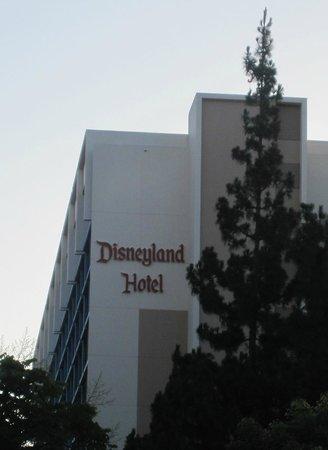 Disneyland Hotel: hotel