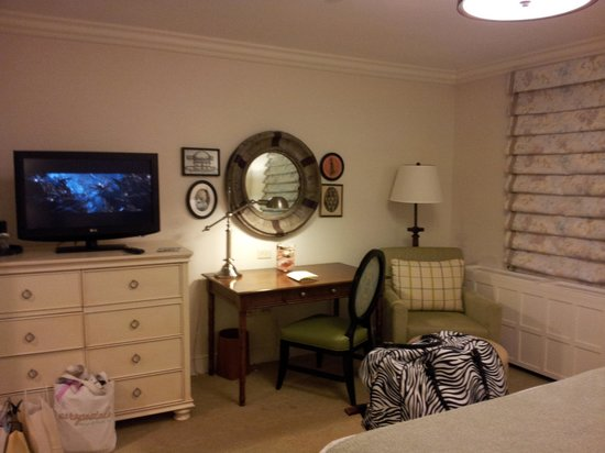 Boar's Head Resort:                   Flat panel TV and nice decor