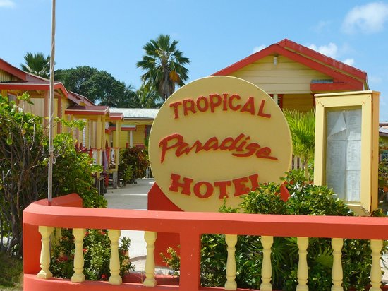 Caye Caulker: The Hotel, little cabins for rent