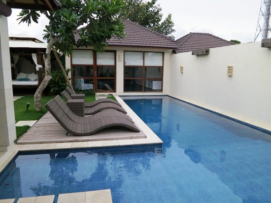 Arama Riverside Villas : Pool