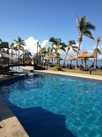 Wyndham Resort Denarau Island:                                     Large Pool