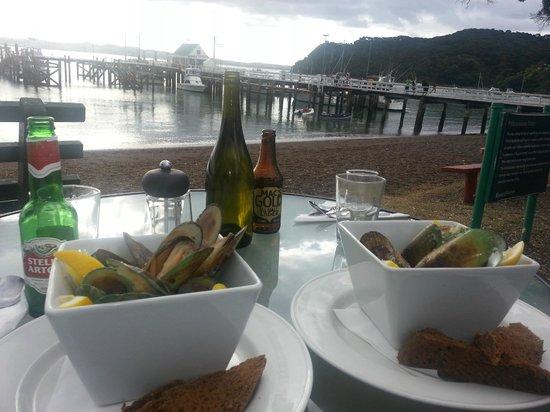 sally's restaurant:                   Mussles Two Ways Thai & White Wine. MMMMM