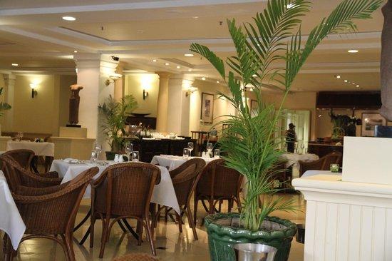 raffles hotel le royal beautiful decor