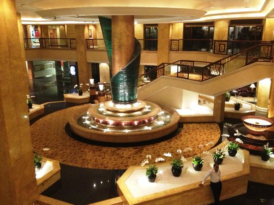 Shangri-La Hotel Kuala Lumpur: Hall d'Entrée