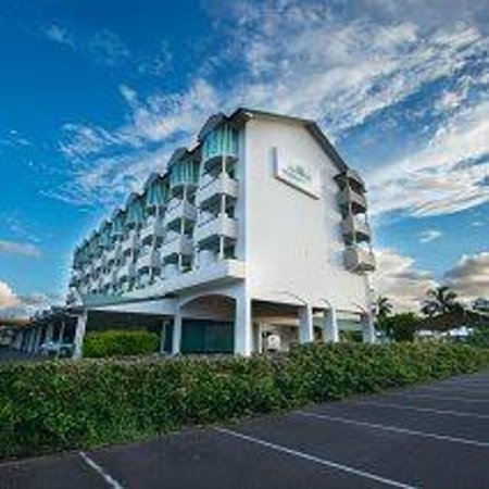 Cairns Sheridan Hotel: Sheridan from Sheridan Street