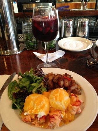 Poco: lobster eggs Benedict with red sangria