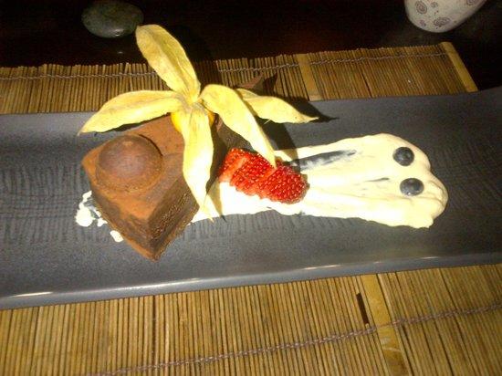 Niji Sushi Bar Et Restaurant: Chocolate cake...yummy