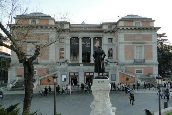 Alrrededor - Picture of Prado National Museum, Madrid - TripAdvisor