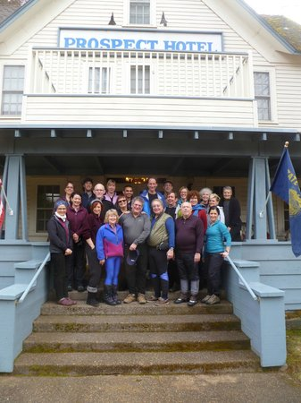 Prospect Historic Hotel - Motel and Dinner House:                   ONC Group in front of Hotel