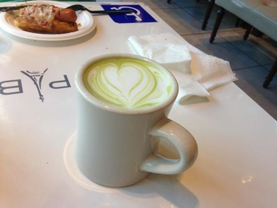 Paris Baguette:                   Green Tea Latte
