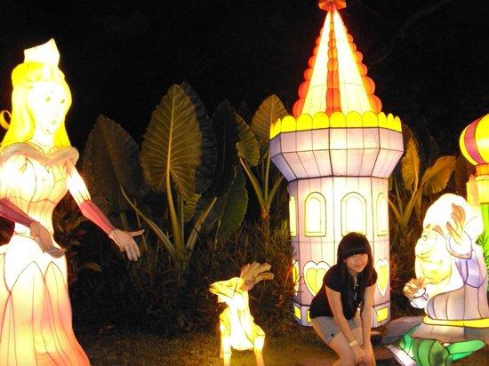 Batu, Indonesia:                   Lampu
