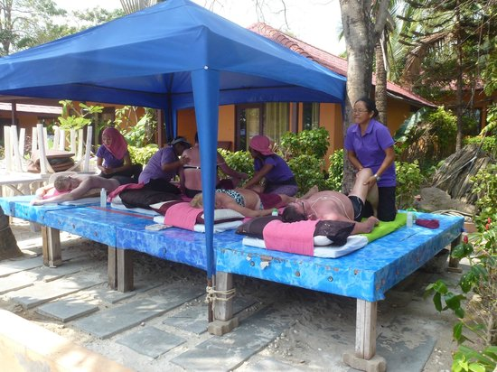 Seascape Beach Resort :                   Fabulous massages!