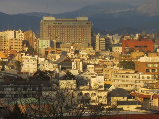 The Westin Miyako Kyoto: Evening view of Kyoto from the balcony (magnified)