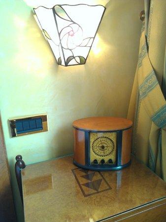 BEST WESTERN Hotel Artdeco:                   Artdeco clock
