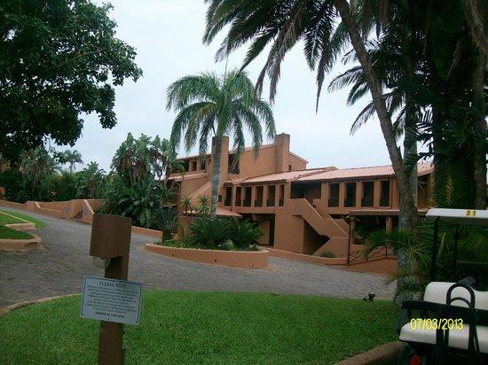 San Lameer Resort Hotel & Spa:                   mondazur
