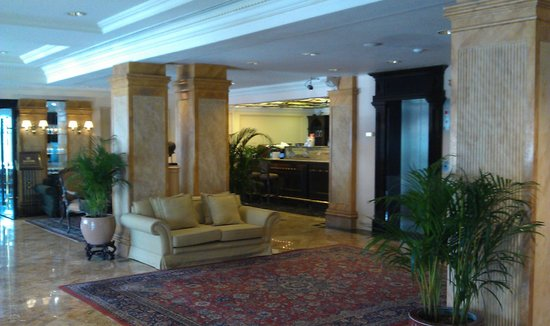 The Duxton Hotel:                   View in the lobby