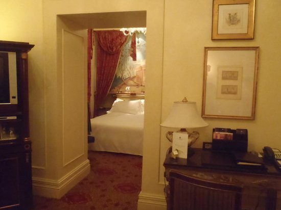 The St. Regis Rome:                   Living to bedroom