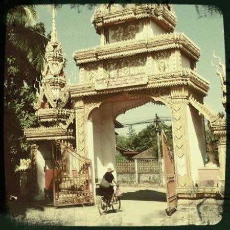 Vientiane ByCycle:                   Rdidng through one of the many beautiful temples of Vientiane