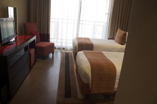 Arjaan by Rotana:                   Another Bedroom.