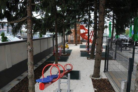 Hotel Calypso: Playground