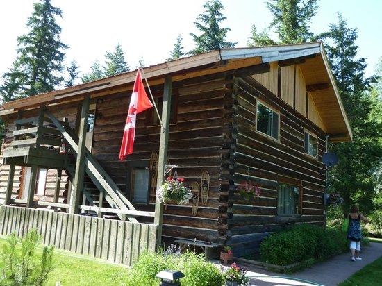 Trophy Mountain Buffalo Ranch:                   Au?enansicht