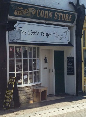 The Little Teapot: Open for business