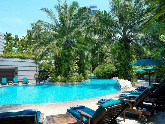 Sama-Sama Hotel KL International Airport: Swimming Pool