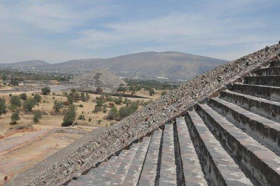 Villas Arqueologicas Teotihuacan : Pyramides Teotihuacan