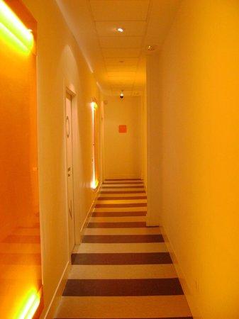 Room Mate Mario:                   hotel