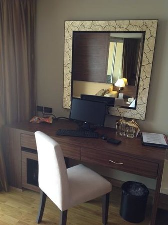 The Nova Gold Hotel Pattaya: компьютер
