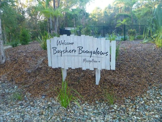 Bayshore Bungalows :                   Welcome Sign