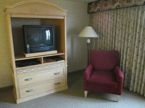 Edward Village Michigan: le meuble TV n 'est pas face au lit