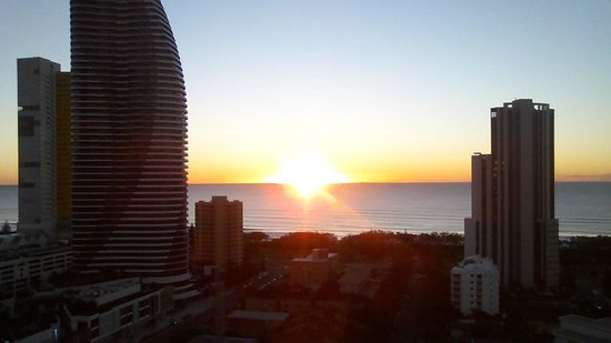 Meriton Suites Broadbeach:                   View from the balcony