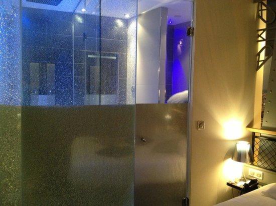 Hotel Design Secret de Paris: Salle de bains