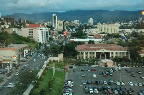 Tegucigalpa Marriott Hotel:                                     Presidential palace from the hotel